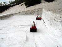 白馬尻の除雪の様子